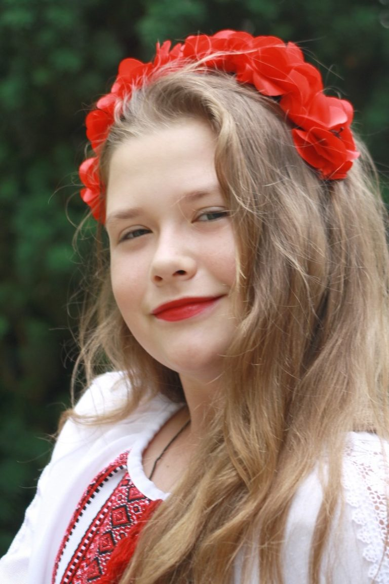 2016 Genia Tuzhyk